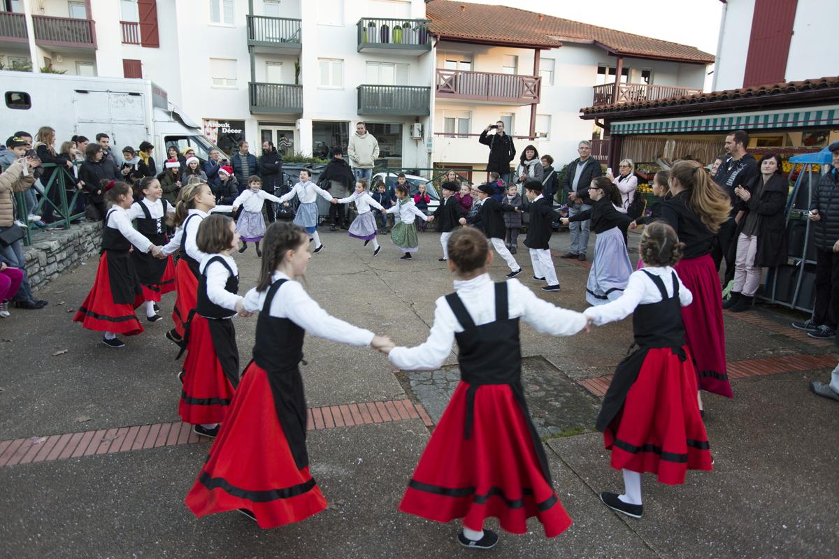 Biez- Bat danse marché de Noël